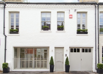 8 Codrington Mews